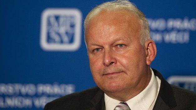 Ministrem práce a sociálních věcí je Petr Krčál