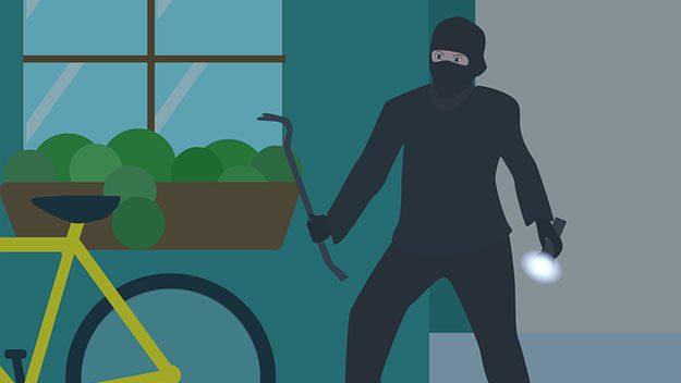 Jak ochránit dům a byt před vloupáním