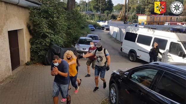 Kriminalisté dopadly organizovanou skupinu, která okrádala seniory