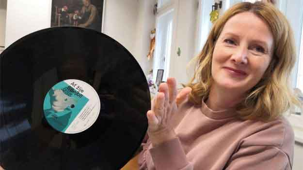 Spejbl slaví 100. narozeniny a dostal nové LP od Suprahonu i novou hru pro dospělé