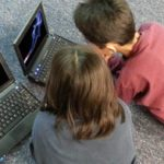 179 organizací vyzvalo Google k zákazu podpory kouření dětí