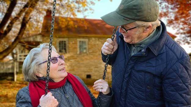 Jak bude ČSSZ vyplácet jednorázový příspěvek 5000 Kč důchodcům
